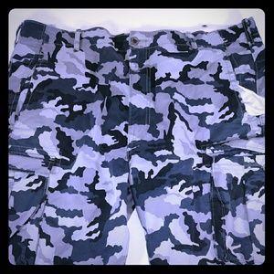 Levis Men Cargo Shorts Sz 40 Black Camo